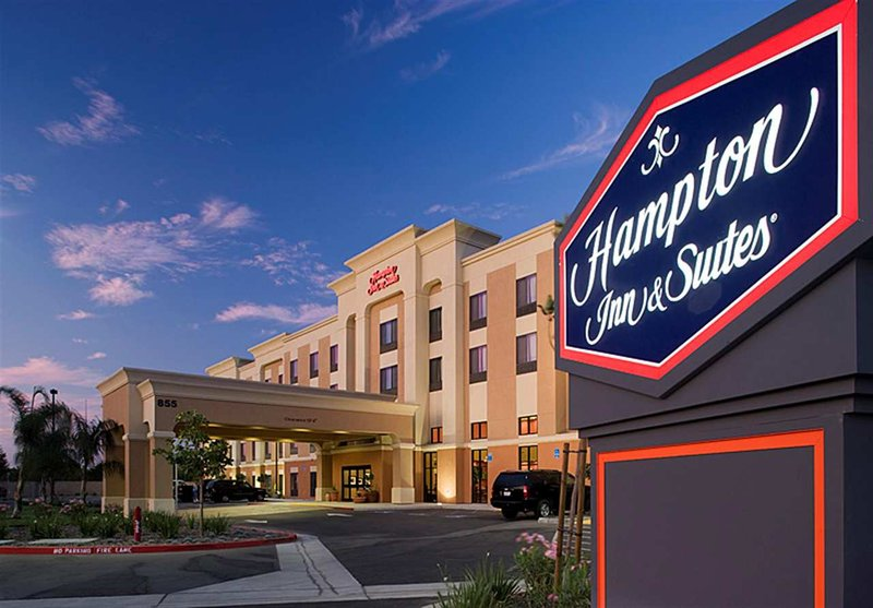 Hampton Inn - Suites Clovis-Airport North CA