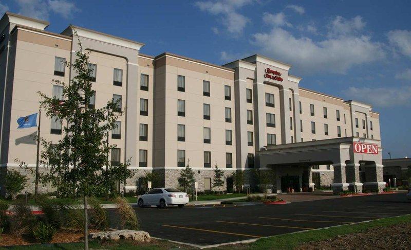Hampton & Suites Tulsa/Catoosa