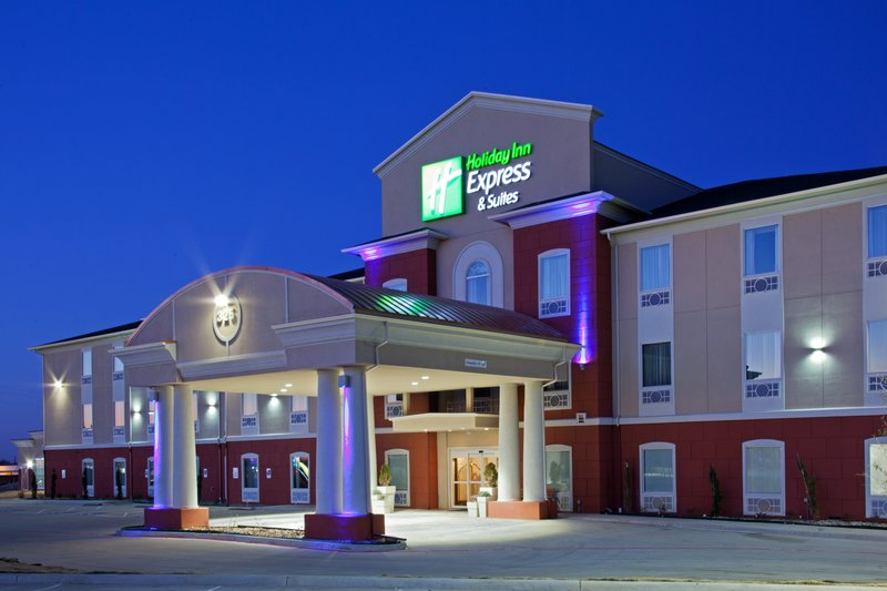 Holiday Inn Express & Suites ALVARADO