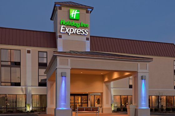 Holiday Inn Express VALLEY I-85