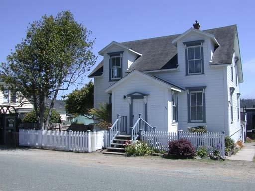 Nicholson House Inn