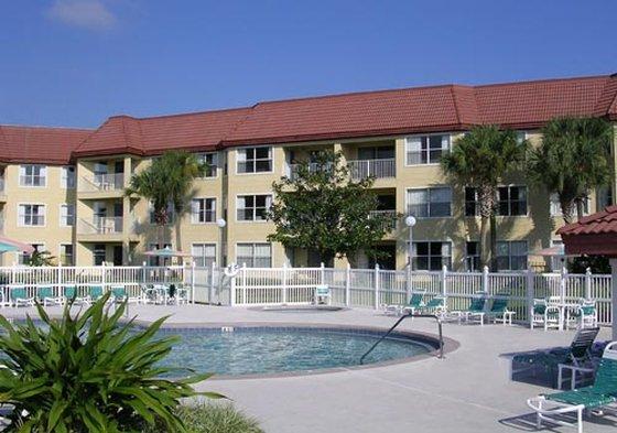 Parc Corniche Condominium Suites