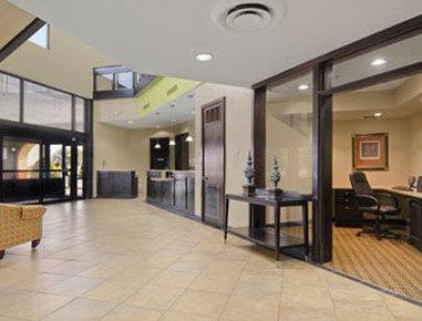 Baymont Inn & Suites Lubbock