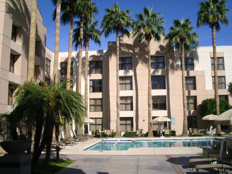 Radisson Hotel Phoenix-Chandler