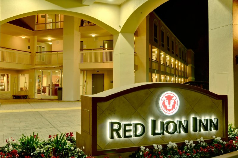 Red Lion Inn Rancho Cordova