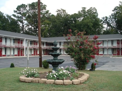 Executive Inn - Cheraw