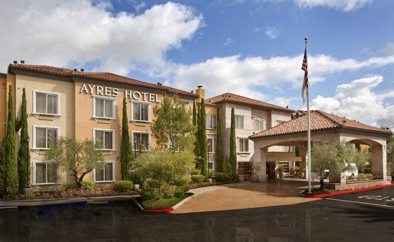 Ayres Hotel Laguna / Aliso Viejo