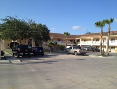 Knights Inn & Suites City Center Edinburg/McAllen