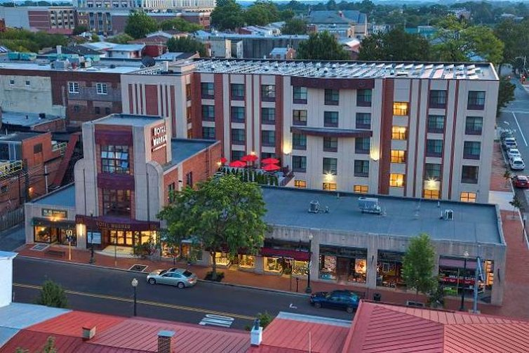 Hotel Warner - Centerstone