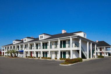 Baymont Inn & Suites Georgetown/Near Georgetown Marina