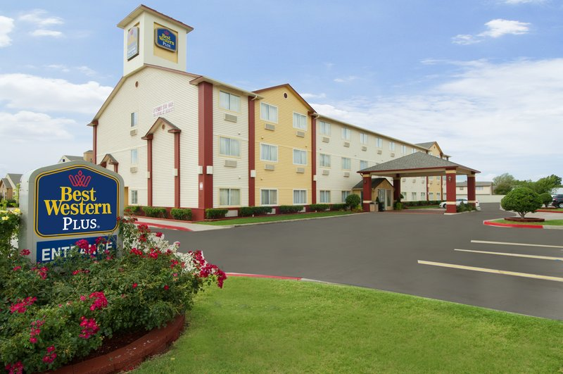 BEST WESTERN PLUS Greentree Inn & Suites