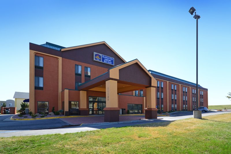 BEST WESTERN PLUS Kansas City Airport-KCI East