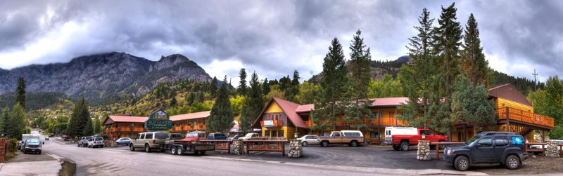 Box Canyon Lodge And Hot Springs