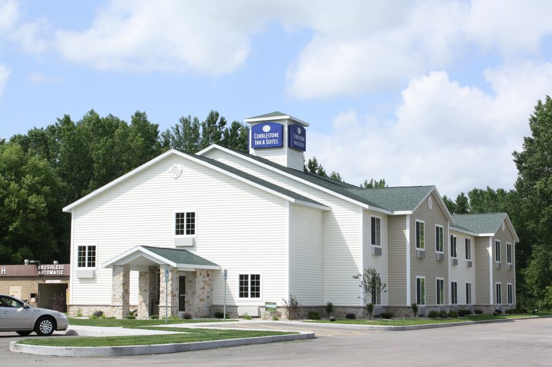 Cobblestone Inn and Suites Brillion