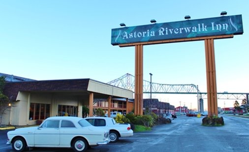 Astoria Riverwalk Inn