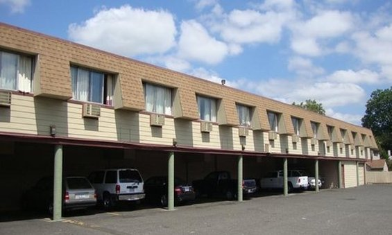 Best Value Inns Portland