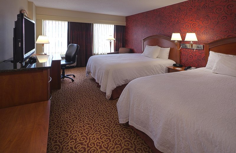 Hampton Inn - Suites Columbus-Downtown OH