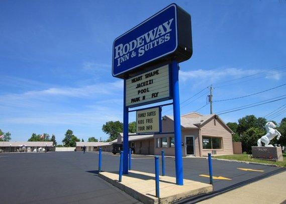Rodeway Inn & Suites Niagara Falls