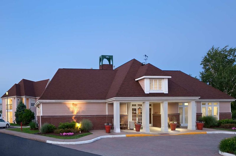 Homewood Suites Hartford-Windsor Locks