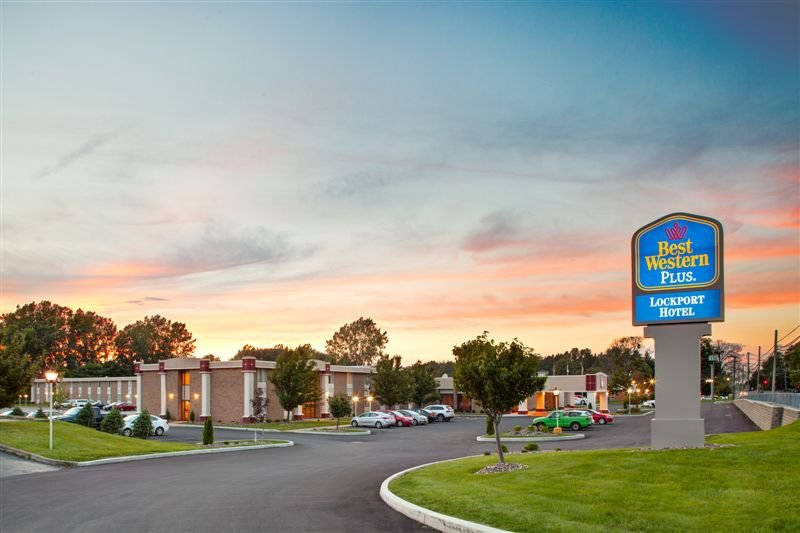 BEST WESTERN PLUS Lockport Hotel