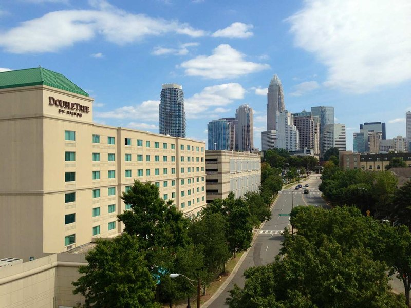 DoubleTree By Hilton Charlotte - Gateway Village