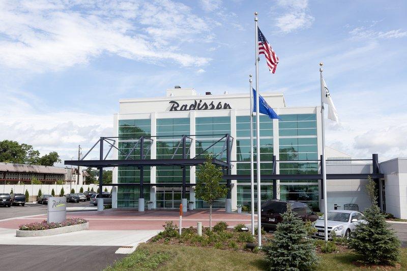 Radisson Hotel Milwaukee NW (Menomonee Falls)