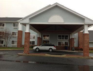 Days Inn & Suites Milford