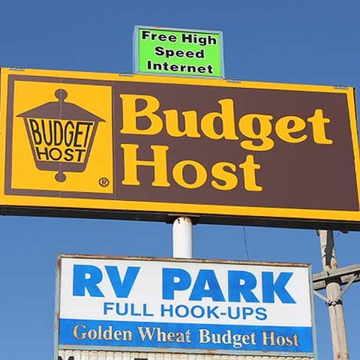 Golden Wheat Budget Host Inn