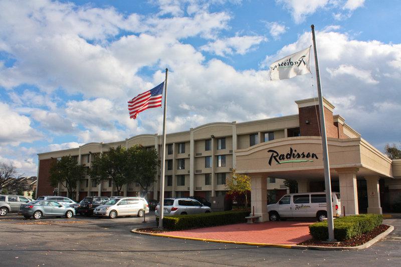 Radisson Hotel Rochester Airport