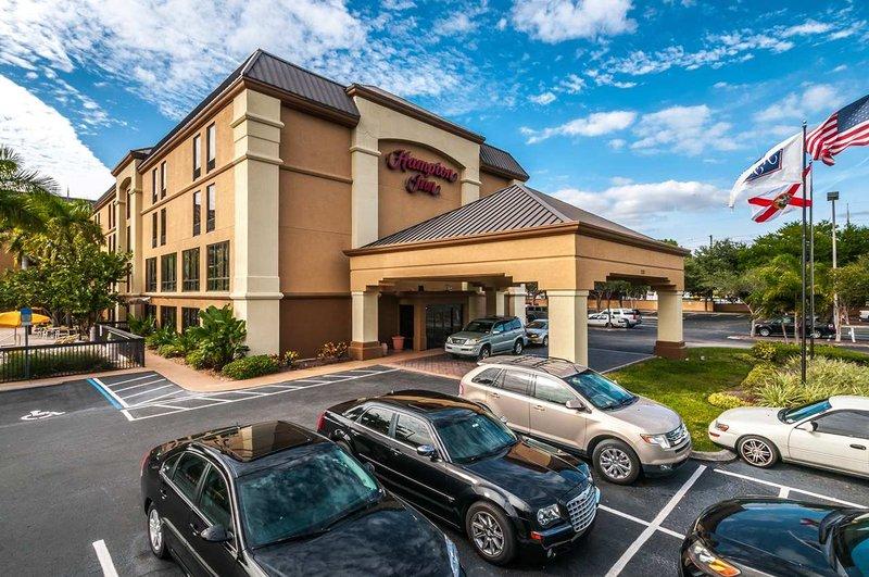 Hampton Inn St Petersburg FL