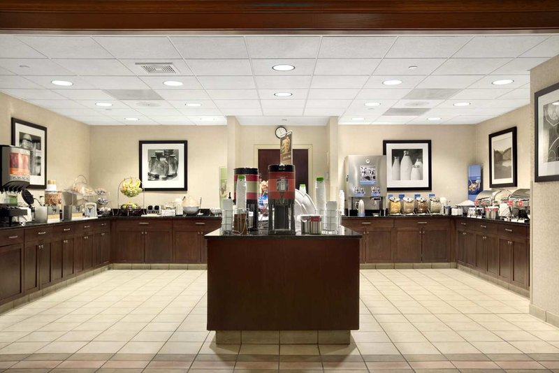 Hampton Inn - Suites Providence-Warwick Airport
