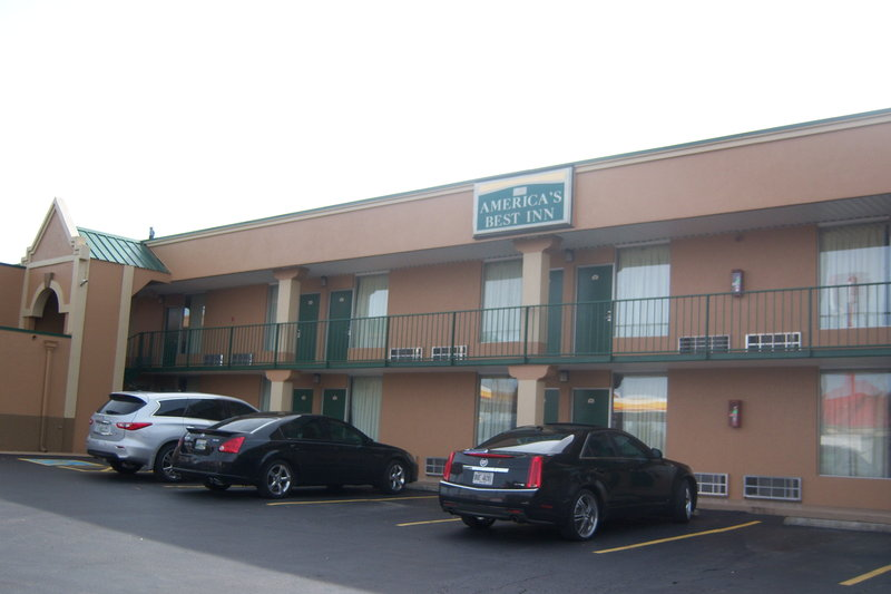 Americas Best Inn Clarksville