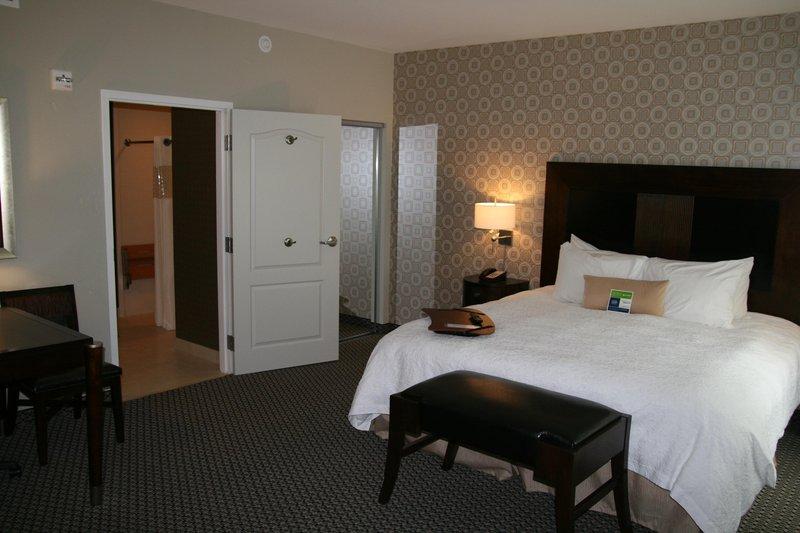 Hampton Inn - Suites Athens-I-65 -Huntsville Area- AL