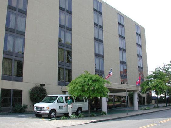 GuestHouse Inn & Suites Vanderbilt