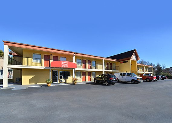 Econo Lodge North Charleston