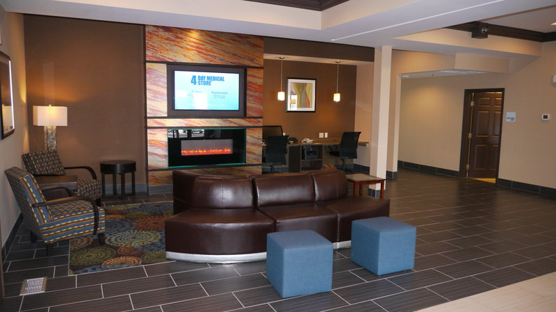 Holiday Inn Express ST PAUL S - INVER GROVE HGTS