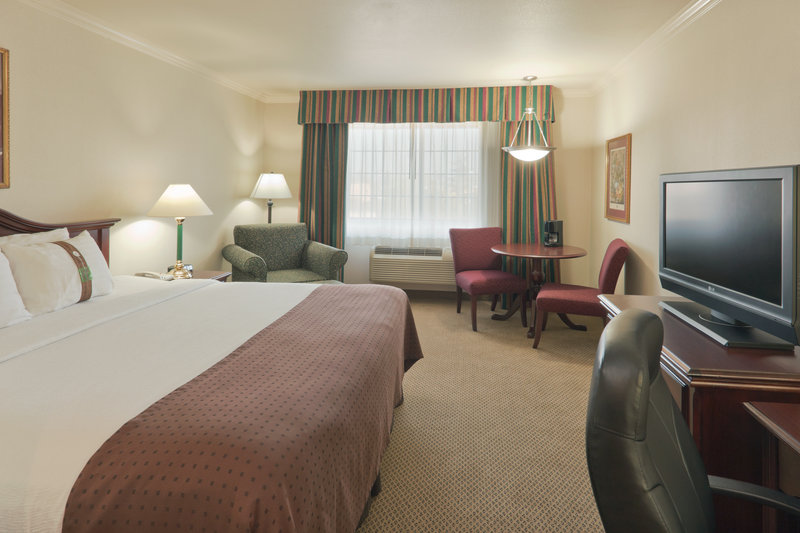 Holiday Inn SELMA-SWANCOURT