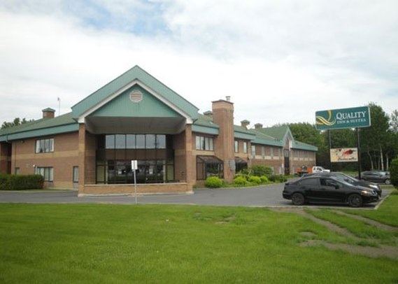 Quality Inn & Suites Hawkesbury