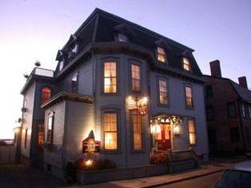 Pilgrim House Inn