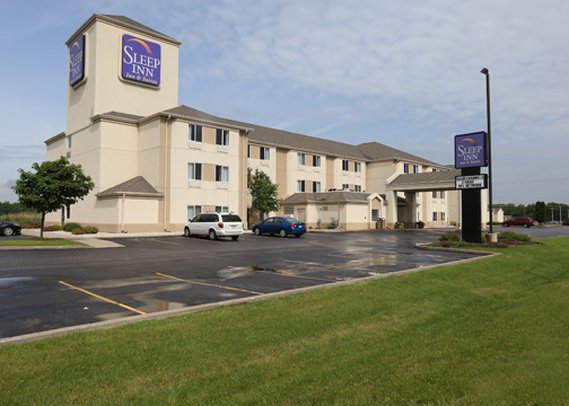 Sleep Inn & Suites Green Bay Airport
