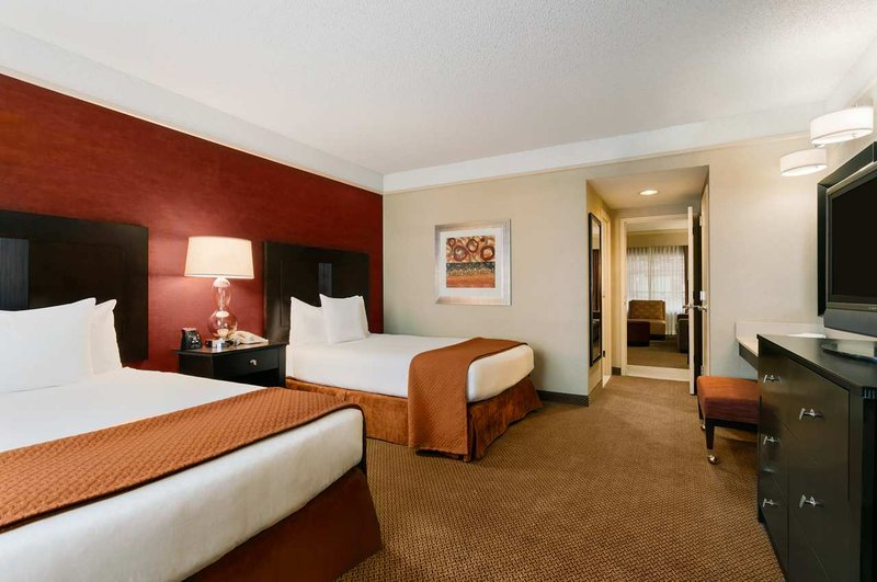 Embassy Suites Chicago - North Shore-Deerfield