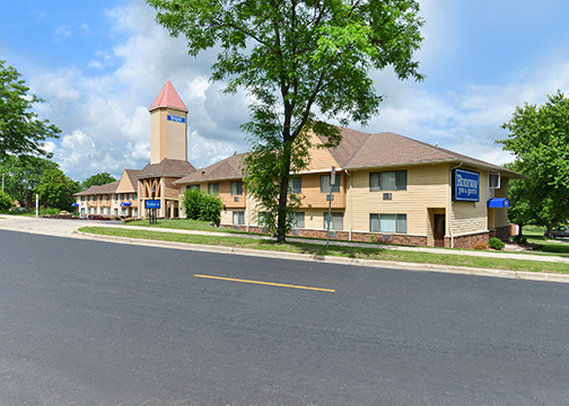 Rodeway Inn & Suites WI Madison-Northeast