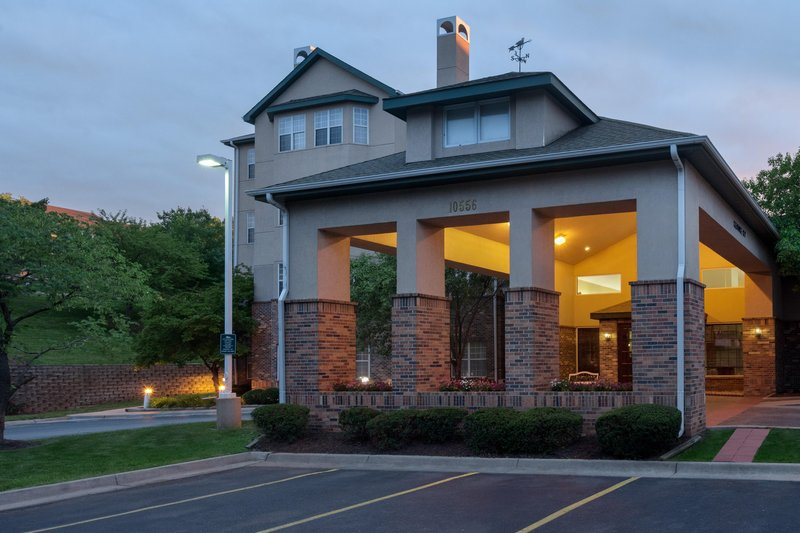 Homewood Suites Kansas City-Overland Park