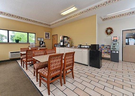 Rodeway Inn Caseyville