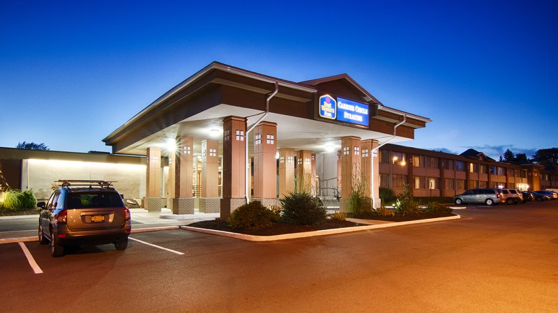 BEST WESTERN PLUS Carrier Circle Syracuse