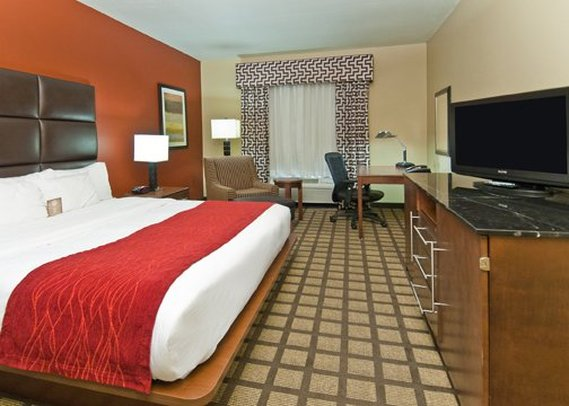 Comfort Inn & Suites Fort Smith