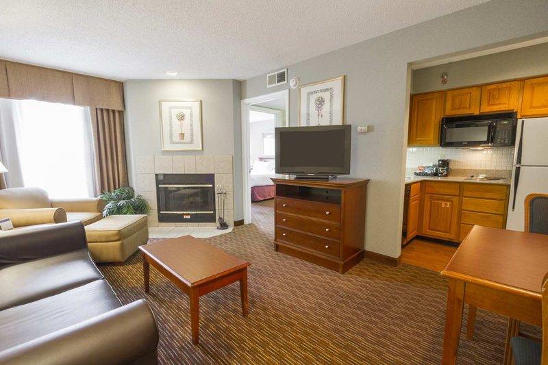 Homewood Suites Cincinnati-North-Sharonville