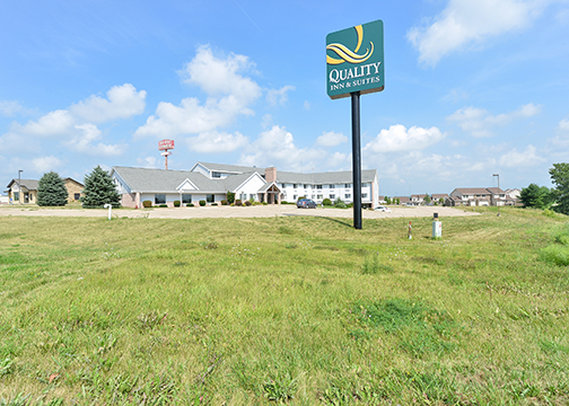 Quality Inn & Suites Peosta