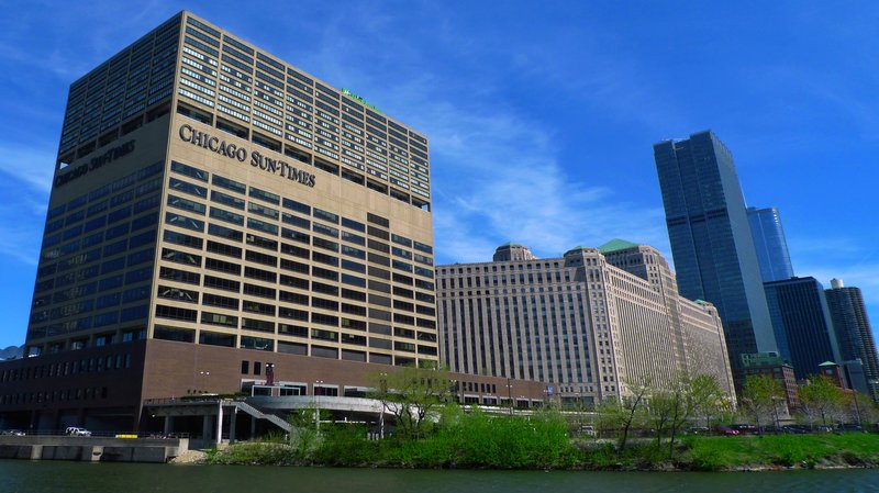 Holiday Inn CHICAGO-MART PLAZA RIVER NORTH