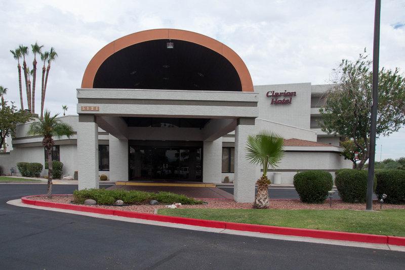 Clarion Hotel Phoenix - Chandler